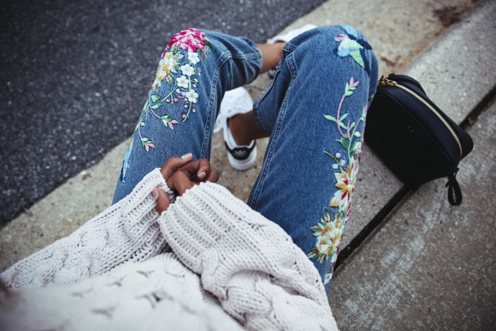 patchwork-embroidered-jeans