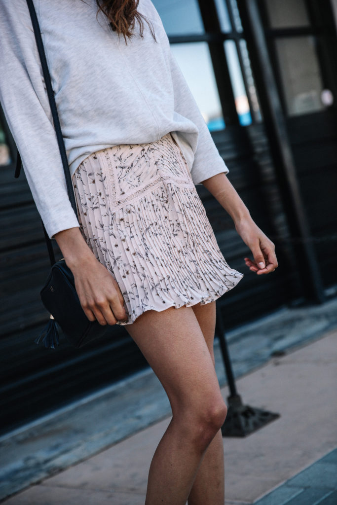 Top 10 Floral Skirts For Spring via www.discodaydream.com @discodaydream