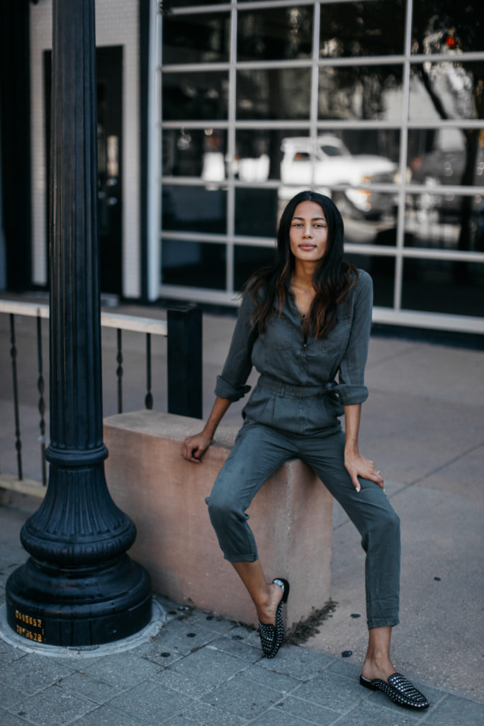 The Jumpsuit - A Perfect Summer to Fall Transition Piece - www.DISCODAYDREAM.COM @dioscodaydream