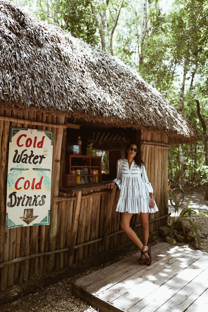 What to Wear to Tulum feat. Lauren of Disco Daydream